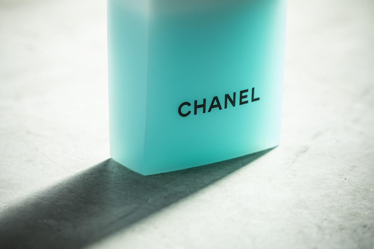 シャネルの瓶の写真