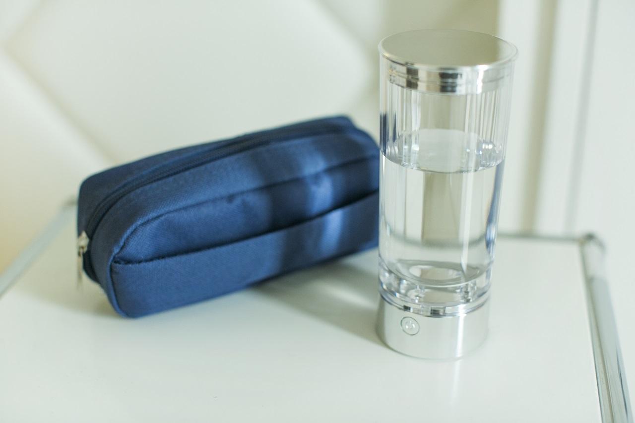 十和子さんが愛用しているナチュレの水素水生成器。持ち運びしやすいサイズなのも魅力的。