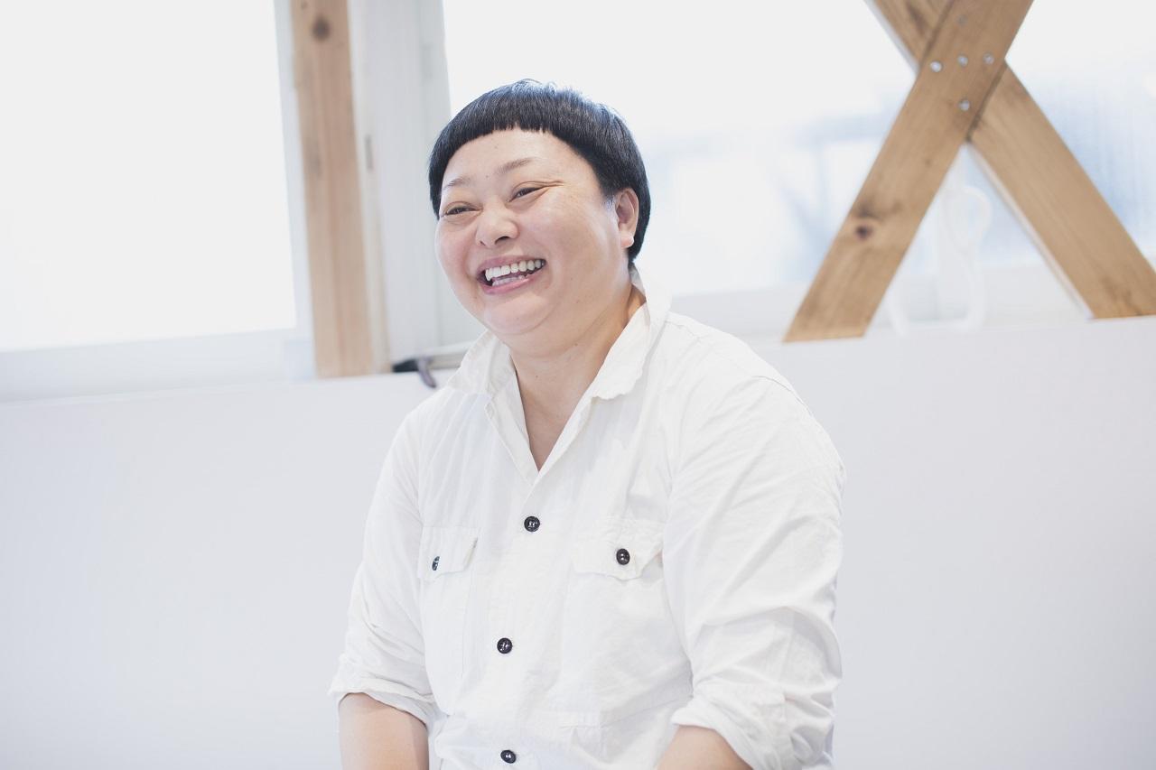 人気ヘアメイクアップアーティストの赤松絵利さん