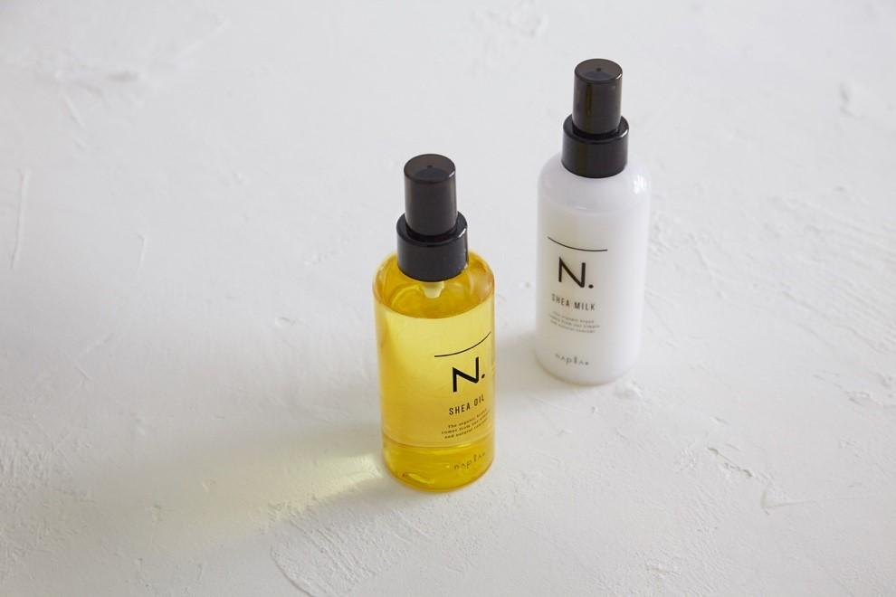 「エヌドット」のアウトバストリートメント(ヘアサロン専売品)は、髪がふわっと仕上がるオイルタイプと、しっとりまとまるミルクタイプの2種類がそろう。
