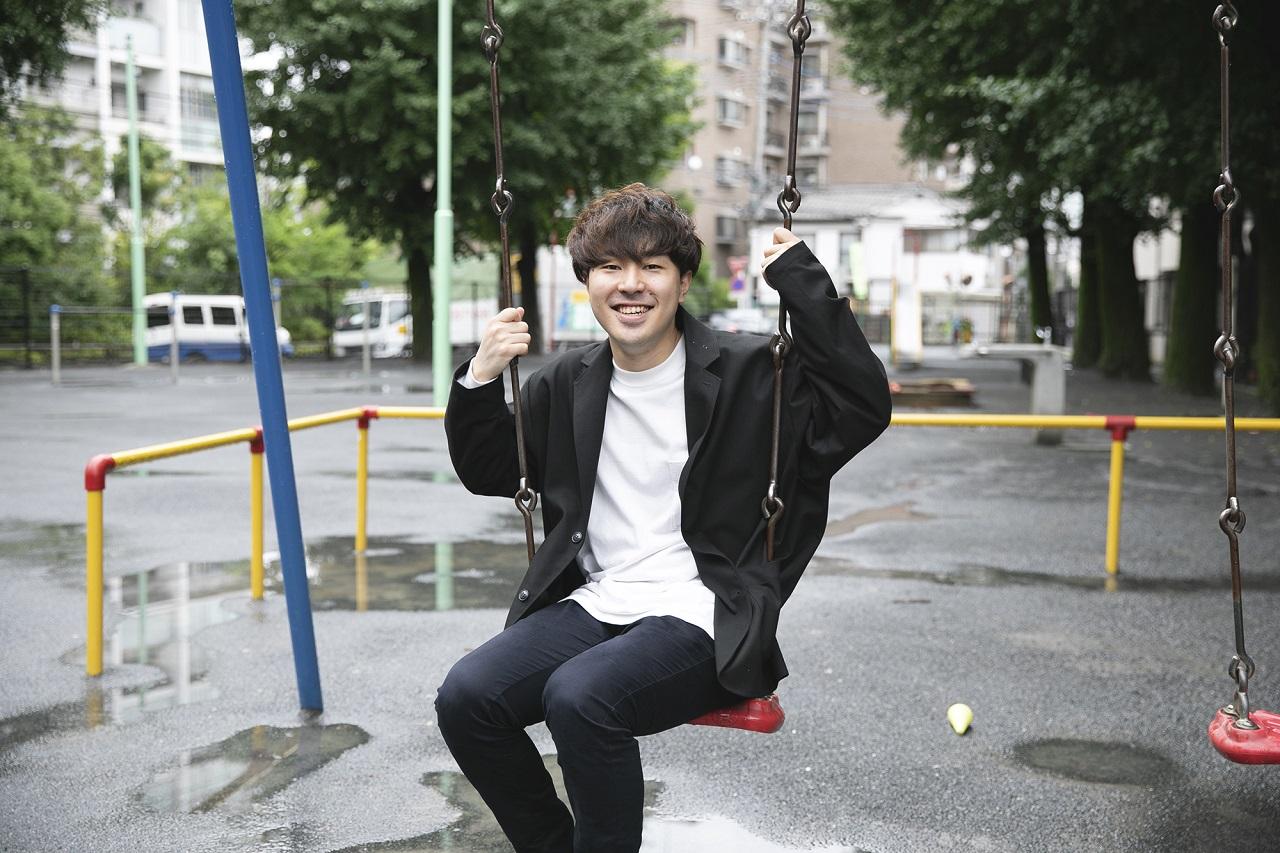 久保直生(Nao Kubo)さん 1995年東京生まれ。青山学院大学在学中の2018年、「将来の可能性を広げる幼少期の学びをデザインする」Kazamidoriを創業。美味しく安全な離乳食ブランド「土と根」を手がける。身長:171㎝ 体脂肪率:15% https://corp.kazamidori-lab.jp